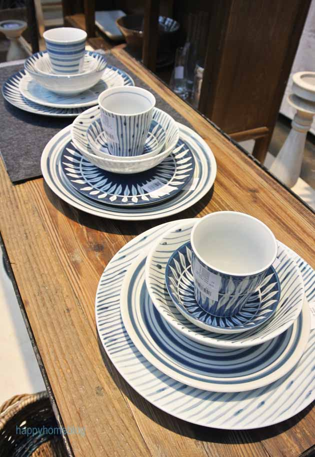 blau weisses geschirr bei broste copenhagen ambiente messe trends 2014 by happyhomeblog. Black Bedroom Furniture Sets. Home Design Ideas